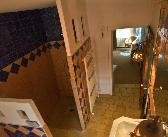 Chambre d 39 h tes la romane pr s de sisteron mas du figuier - Douche italienne originale ...